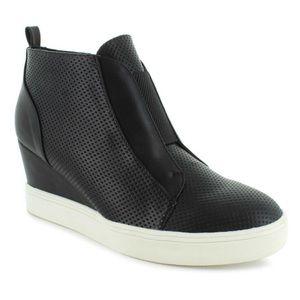 MIA Cristie Black Slip On Wedge Sneakers Size 9